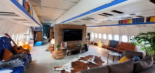 уютные апартаменты в самолёте