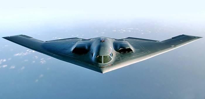 Нортроп B-2 «Спирит» — американский малозаметный бомбардировщик