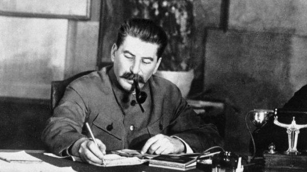 Как Сталин с долларом разбирался