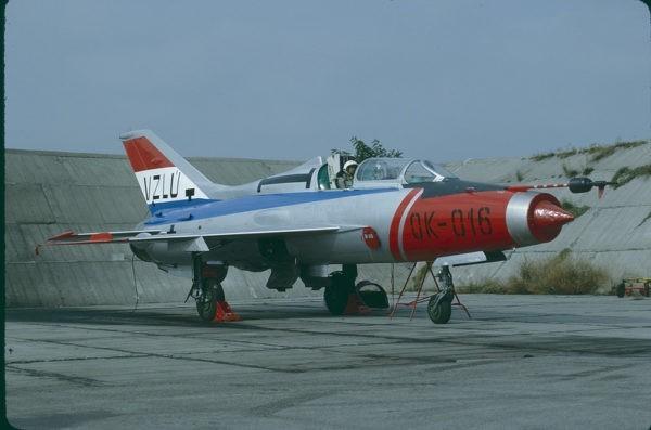 Учебно-тренировочный истребитель МиГ-21У