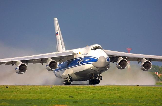 Стратегический военно-транспортный самолет Ан-124 РУСЛАН
