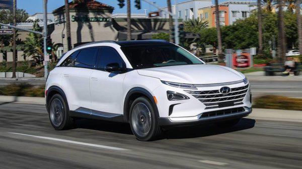 Hyundai представила водородный кроссовер Nexo