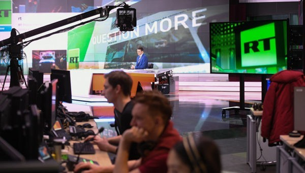 Латвийское ТВ уволило сотрудника за трансляцию Russia Today