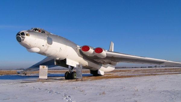 Стратегический бомбардировщик М-4